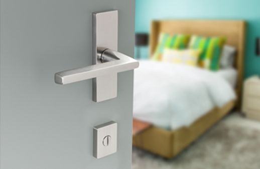 emtek door hardware